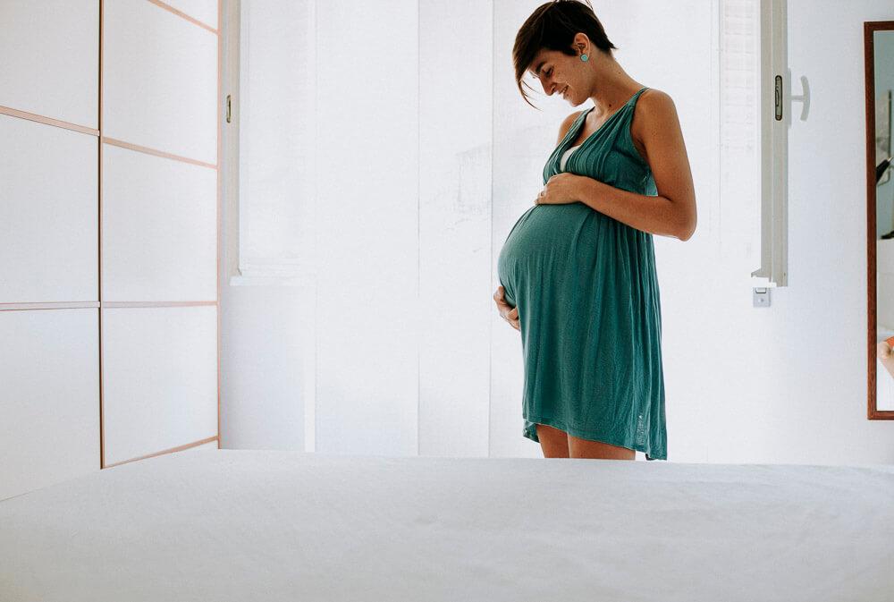 Fotografo per servizi di gravidanza a Cinisello, Monza, Seregno. Sessione di gravidanza per Chiara e Michele. Gabriele Capelli fotografo professionista maternità e gravidanza 01