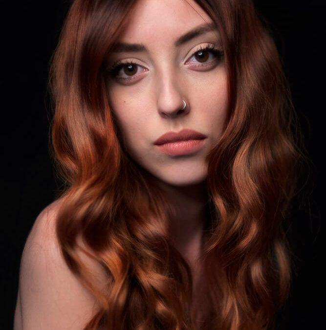 Ritratto fotografico professionale in studio per make up artist e chitarrista – Jewel